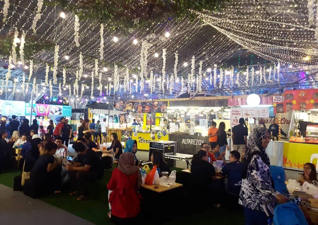 Shot of Geylang Bazaar